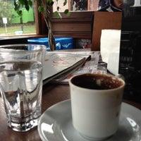 2/10/2013 tarihinde Serkan A.ziyaretçi tarafından Cafe Sporcular'de çekilen fotoğraf