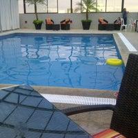 Foto tomada en Hotel Riazor por ダリア ポ. el 7/21/2013