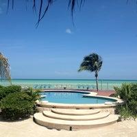 Photo taken at Hotel Villas Flamingos by Mariana G. on 7/11/2013