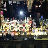 6/28/2013にErtan K.がKing Barで撮った写真