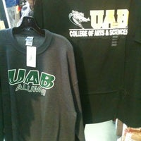 Photo taken at Snoozy's College Bookstore by Kaia G. on 1/15/2013