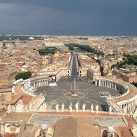 Photo taken at Saint Peter's Square by Arthur V. on 7/21/2013