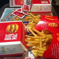 Photo taken at McDonald's by Priscila G. on 7/29/2013