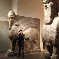 Photo taken at Ancient Near Eastern Art @ The Met by Malli M. on 12/31/2013