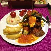 รูปภาพถ่ายที่ Cheffy Dünya Mutfağı โดย ihsan Ö. เมื่อ 5/25/2013