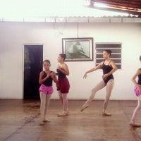 Photo taken at Escola de Ballet Lucymeire Aires by Everardo F. on 3/24/2013