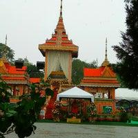 Photo taken at Wat Rajaphojong Thai Buddhist Temple by Ah M. on 6/5/2015