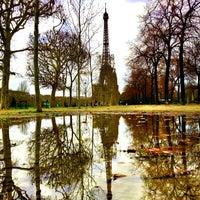 Photo prise au Jardin du Champ-de-Mars par Bois H. le12/22/2012