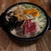 Foto tomada en Jeju Noodle Bar por Stephanie Y. el 2/24/2018