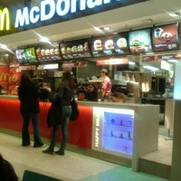 Foto diambil di McDonald's oleh Ahmet Y. pada 1/16/2013