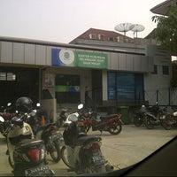 Photo taken at Unit Pelayanan PALYJA Barat by Ira W. on 3/6/2014