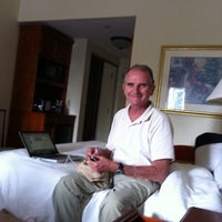 Photo taken at Hilton Garden Inn by Susan E. on 9/4/2011