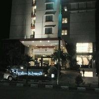 Photo taken at Swiss-Belhotel Tarakan by Rianto N. on 1/24/2012
