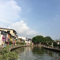Photo taken at Riverone Guest House Jonker Street by Wallace P on 5/1/2017