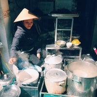 Photo taken at Bánh Cuốn 14 Bảo Khánh by J Z. on 1/13/2015