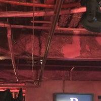 Foto tirada no(a) R Lounge por somechet s. em 8/26/2017