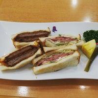 Photo taken at サンドウィッチハウス グルメ那覇空港店 by Yosibei ®. on 8/9/2017
