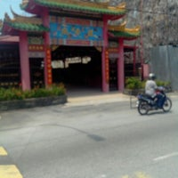 Photo taken at Chinese Temple by Sim S. on 1/29/2013