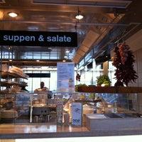 Photo taken at ocui [open cuisine] by Hendrik H. on 4/22/2013