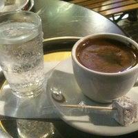 11/5/2012 tarihinde Ali B.ziyaretçi tarafından Fazıl Bey'in Türk Kahvesi'de çekilen fotoğraf