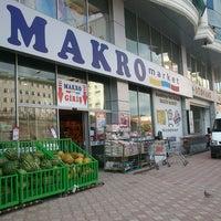 Photo taken at Makro Market by Eyüp A. on 8/20/2013
