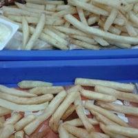 Photo taken at Burger King by Merve B. on 2/3/2013