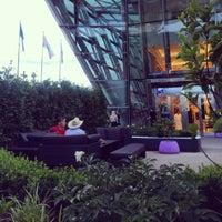 6/19/2014 tarihinde Amina T.ziyaretçi tarafından The Ritz-Carlton, Almaty'de çekilen fotoğraf