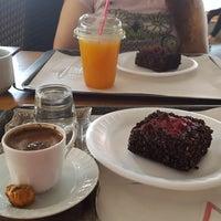 9/16/2018 tarihinde Gizem D.ziyaretçi tarafından Coffeemania'de çekilen fotoğraf