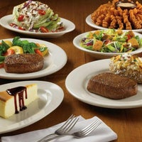 Photo taken at Outback Steakhouse by Mohamed E. on 1/17/2013