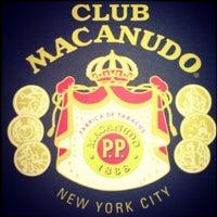 Photo prise au Club Macanudo par Courtney T. le5/3/2013