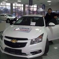 Photo taken at Chevrolet Nat Otomat by Sinan Ü. on 12/6/2013