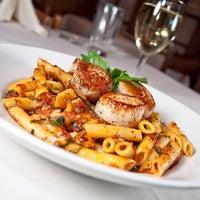 Снимок сделан в Tuscany пользователем Phil Stefani Signature Restaurants 11/12/2014