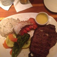 Photo taken at Outback Steakhouse by Mary Catherine J. on 8/16/2014
