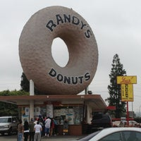 Photo taken at Randy's Donuts by Jason B. on 7/28/2013