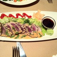 Photo taken at Bonefish Grill by Bianca V. on 11/21/2012