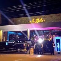 Photo prise au La Ocho Restaurante par Manuel R. le12/20/2013