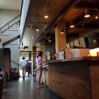 Das Foto wurde bei Starbucks von 杨翼 am 10/8/2018 aufgenommen
