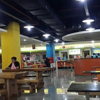 Photo taken at Food Court MGK by 杨翼 on 2/22/2016