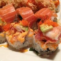 Photo prise au Hako Sushi par Erin V. le2/6/2013
