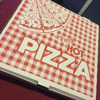 Photo taken at Genovese Pizzeria & Restaurant by Kenny C. on 11/6/2015
