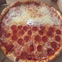 Photo taken at Genovese Pizzeria & Restaurant by Kenny C. on 9/15/2015
