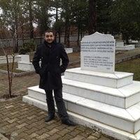 Photo taken at İntikamtepe Şehitliği by Semih D. on 2/28/2013