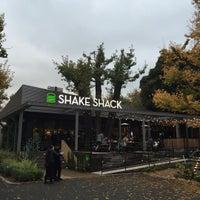 Photo taken at Shake Shack by Masayoshi T. on 11/26/2015