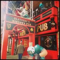 Foto tirada no(a) Slattery's Midtown Pub por eric t. em 9/22/2013