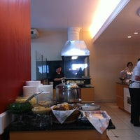Photo taken at Nutri Vida Restaurante by Maria Beatriz C. on 10/15/2012