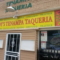 Photo taken at Rudy's Tenampa Taqueria by Darcy E. on 6/1/2013