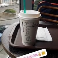 4/21/2018 tarihinde Mimiziyaretçi tarafından Starbucks'de çekilen fotoğraf