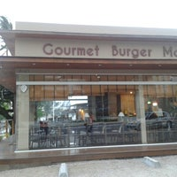 Photo taken at Gourmet Burger Market by Ramoni P. on 3/17/2013