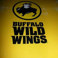 Photo taken at Buffalo Wild Wings by Jay H. on 8/3/2013