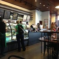 5/19/2013 tarihinde Ümit ..ziyaretçi tarafından Starbucks'de çekilen fotoğraf